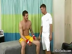 Sexy jock gets great massage part3