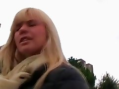 Czech blonde amateur fucked in a car
