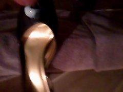 Shoe wank