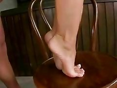 Kathia Nobili enjoys footsex