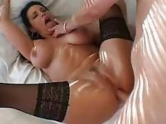 Big ass brunette with large muffins gets her anal gape filled