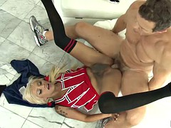 rough sex with the horny tranny natalie foxx