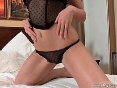 Very horny brunette Lauren S wanking