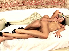 gorgeous brunette kira queen wants to be fucked by a handsome man