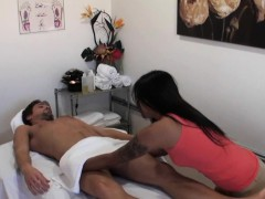 Real asian masseuse sixtynines her client
