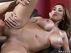 Thick cock penetrating the lovely Kianna Dior