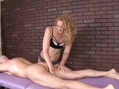 Excited Milf Offers Her First Massage