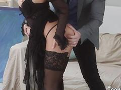 Hot girl Sofi Goldfinger fucks