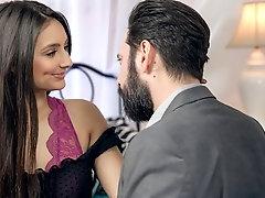 Eliza Loves Sucking That Cock