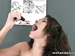 Brunette pours a glass of urine on her head