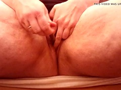 first time 18mm sound in female peehole