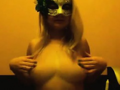 Masked Blonde Cam Chick