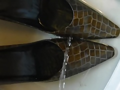 Pissing sexy Croc Heels from jackandcoke1947 again
