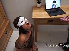 Masked slut opens her mouth for a golden shower
