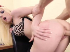 Hot Office fucking experience with sexy Roxy Nicole