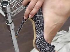 Nara feet