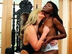 Incredible ass acrobat lesbians vibrating holes deeply