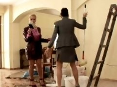 Sexy lesbian pussy drilling with Jessica and Cindy