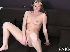 Gripping cock pleasuring session with lovely chick