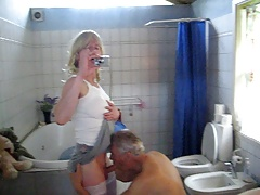 Jeannet and The Butler in bathroom fun