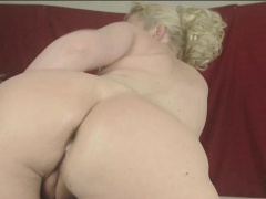 Nasty mature blonde lady