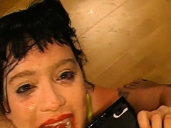 Bukkake slut spits cum after facials