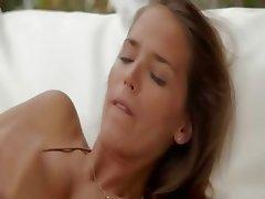 True beauty Silvie masturbating snatch