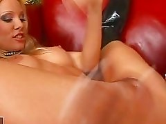 Horny Vega Vixen and her ebony friend enjoys hot pussy licking action